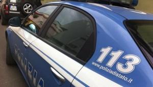 auto polizia in servizio di Volante