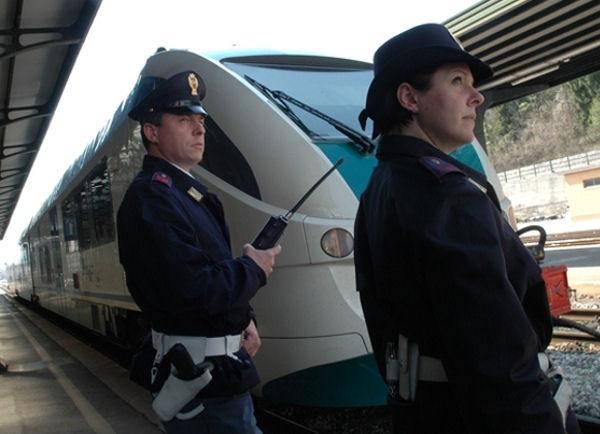 Denunciati tre ragazzi dediti ai furti sui treni del nord for Cabina nelle montagne della carolina del nord