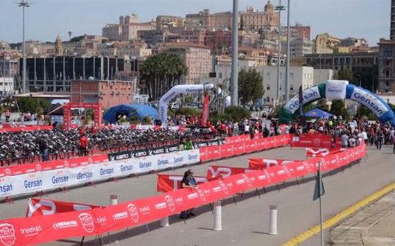 triathlon cagliari_ partenza