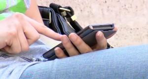 il troppo uso dei cellulari potrebbero casare tumore alla testa