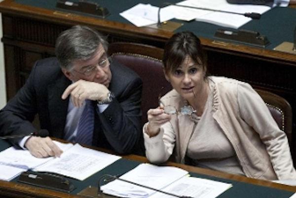 l'ennesima alfaniana e siciliana sotto inchiesta per corruzione