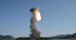 ls sfida della corea del Nord continua.