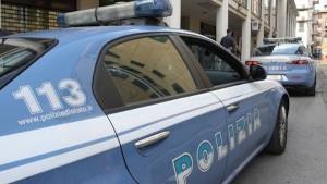 auto polizia sul luogo della tragedia