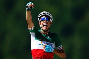 il ciclista sardo fabio aru vince la quinta tappa del tour de france