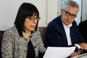 L'assessore della Difesa dell'Ambiente Donatella Spano con il presidente Francesco Pigliaru