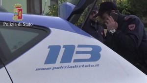 Auto e numero 113 della Polizia di Stato