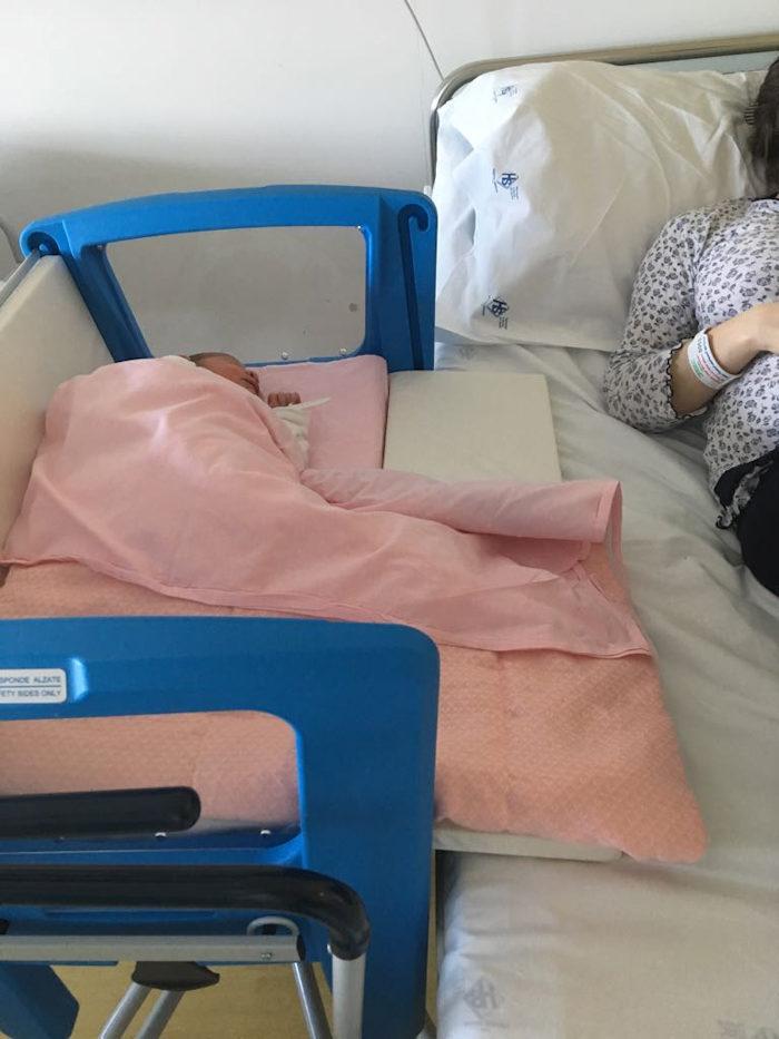 un dettaglio di una delle nuove culle utilizzate in Pediatria