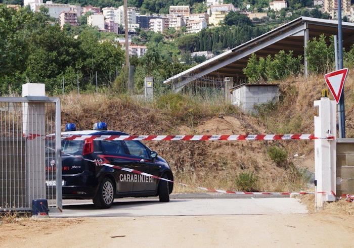 carabinieri a Ilbono sul luogo del duplice tentato omicidio