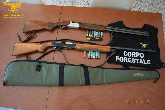 fucili sequestrati da agenti della Forestale della Sardegna