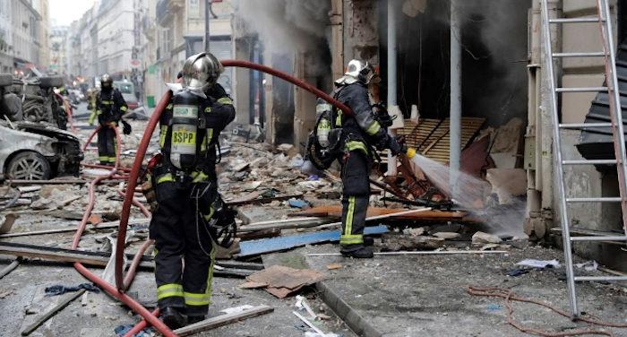 Esplosione in una casa di Parigi_venti feriti