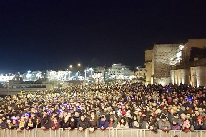 pubblico Capodanno Alghero 2018 2019