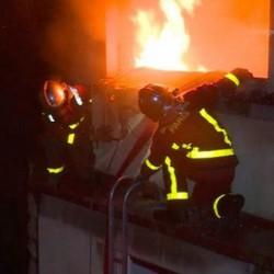 Incendio in un palazzo di Parigi_sette morti e 20 feriti
