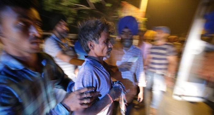 India_ad un festa liquore al metanole fa 39 morti