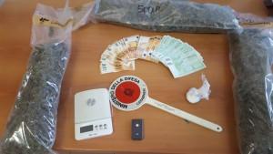Droga e denaro sequestrati da cc nucleo investigativo di Ca