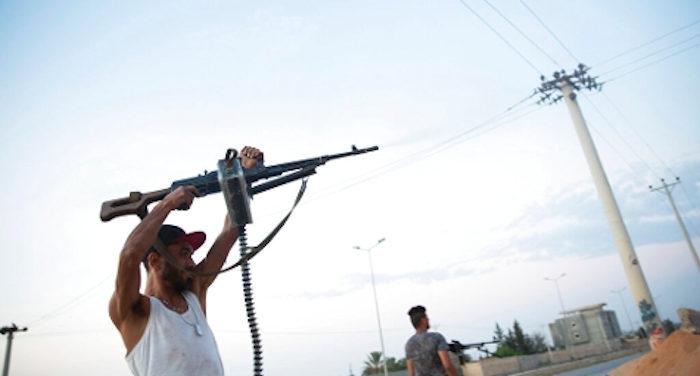 Il generale traditore dell'ex esercito di Saddam vuole instaurare un nuovo regime in Libia con la collaborazione della Russia