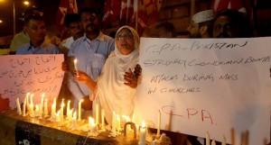 Veglia di cordoglio iin Sri Lanka per i8 310 morti dei terroristi