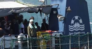 I giudici sequestrano la Sea Watch