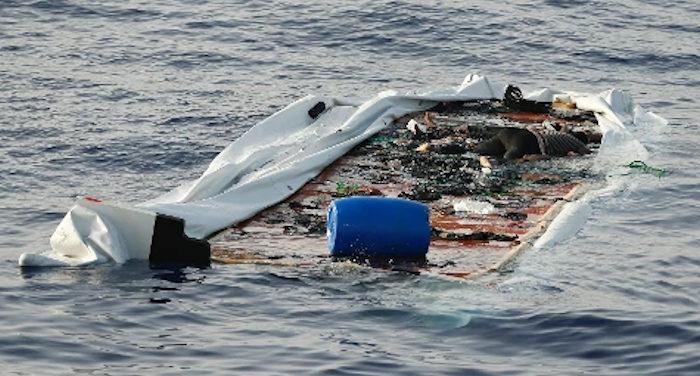 naufragio migranti con 72 morti_decine di corpi recuperati nelle acque tunisine
