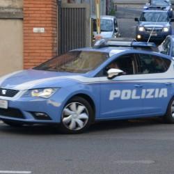 foto auto polizia nuoro