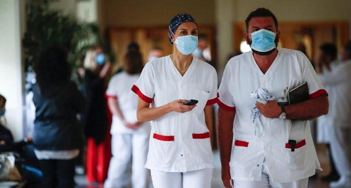 coronavirus_personale sanitario in reparto